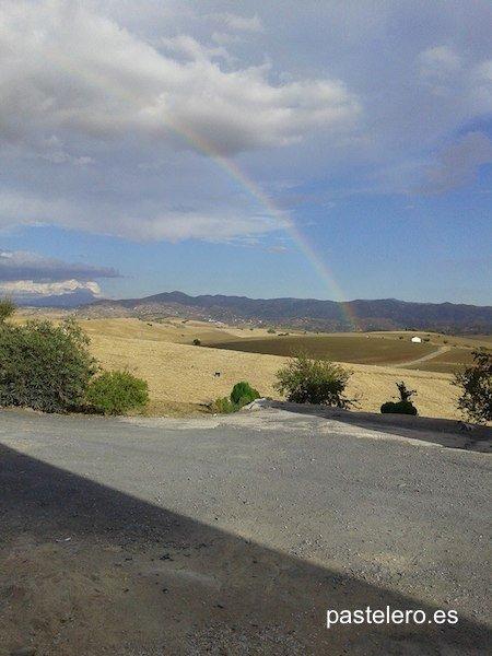 Arco iris en la Barriada  Pastelero de Málaga