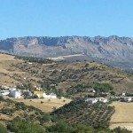 Barriada Pastelero y la sierra del Torcal