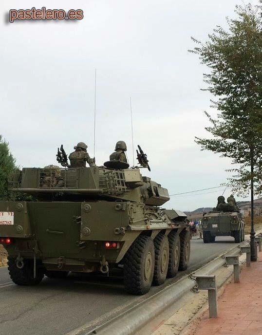 Carro militar en Pastelero