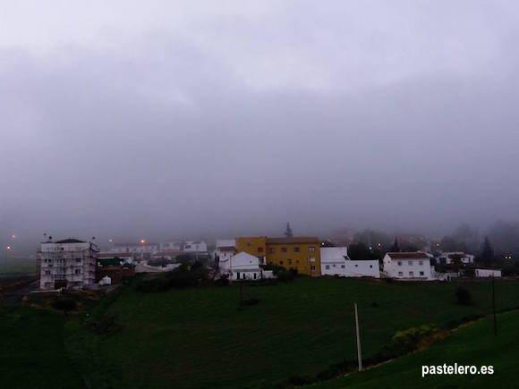 Niebla en la Barriada Pastelero de Málaga